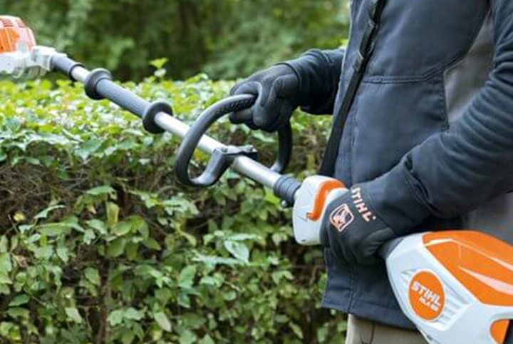 STIHL Long-Reach Hedge Trimmer Buying Guide