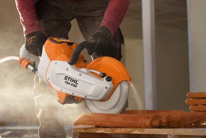Can You Use STIHL Cordless Tools in The Rain?